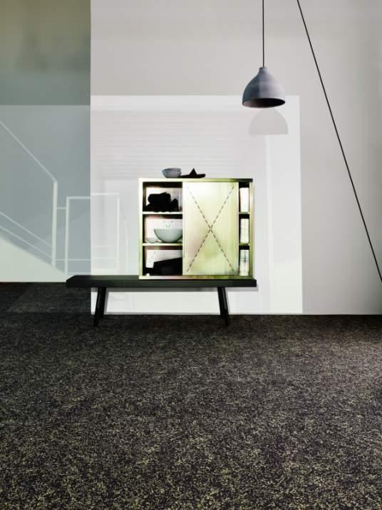 Stella 700 - Wall-to-wall Carpet - Playful design on durable velour.
