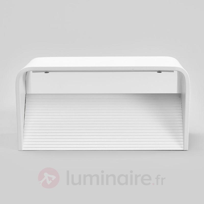 Applique LED discrète Celia pour la salle de bain - Salle de bains et miroirs