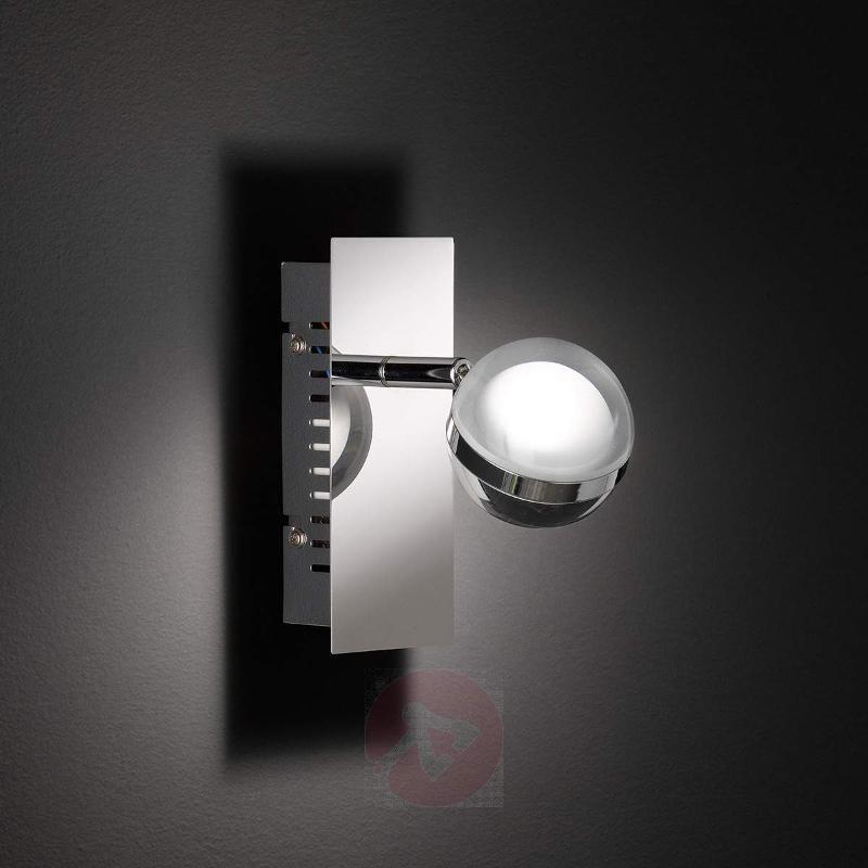 Fulton modern LED spotlight - Wall Lights