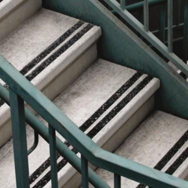 Peinture antidérapante escalier