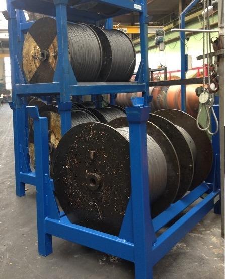 Spulengestell für Drahtseile - Lagergestell aus Stahl zur sicheren Stapelung von Drahtseilspulen