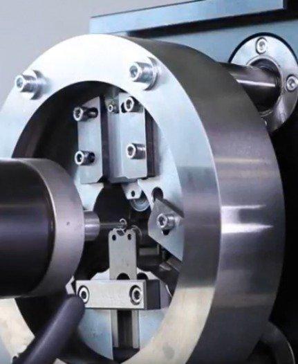 Spanlose Trennmaschine RS25CNC - null