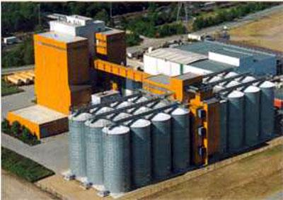 Storage silos for all bulk products - Height of 18,8 m. - null