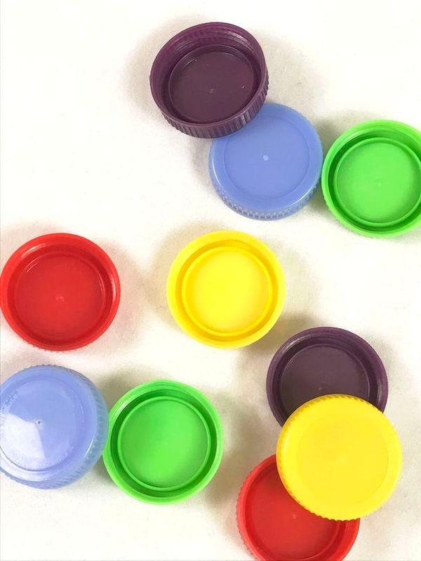 Пластиковые бутылки Cap -