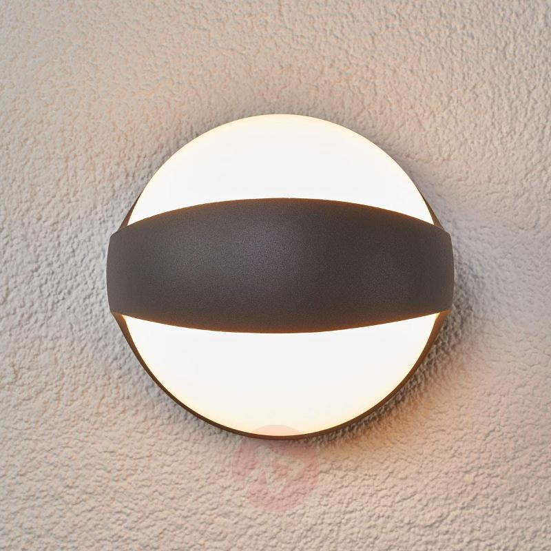 Spherical LED outdoor wall lamp Malcolm, aluminium - Outdoor Wall Lights