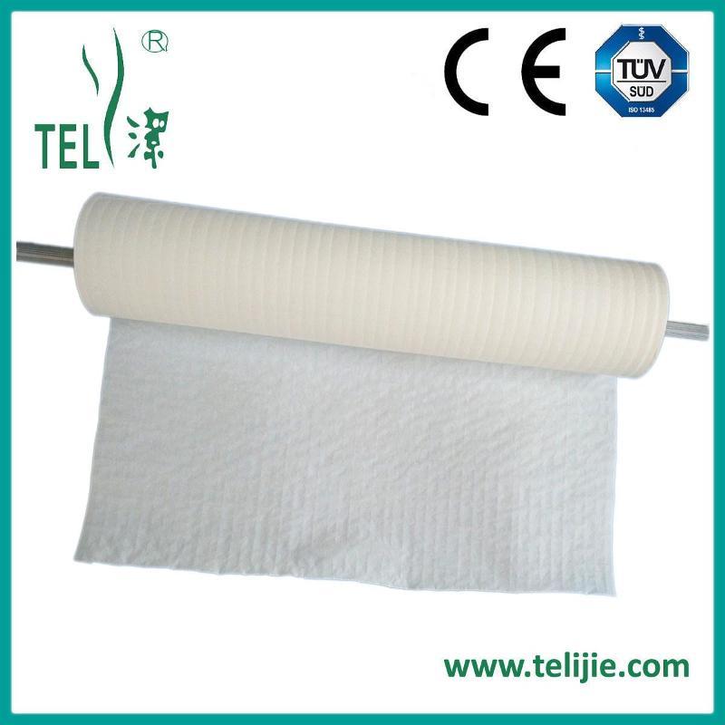 Scrim-reinforced towel roll
