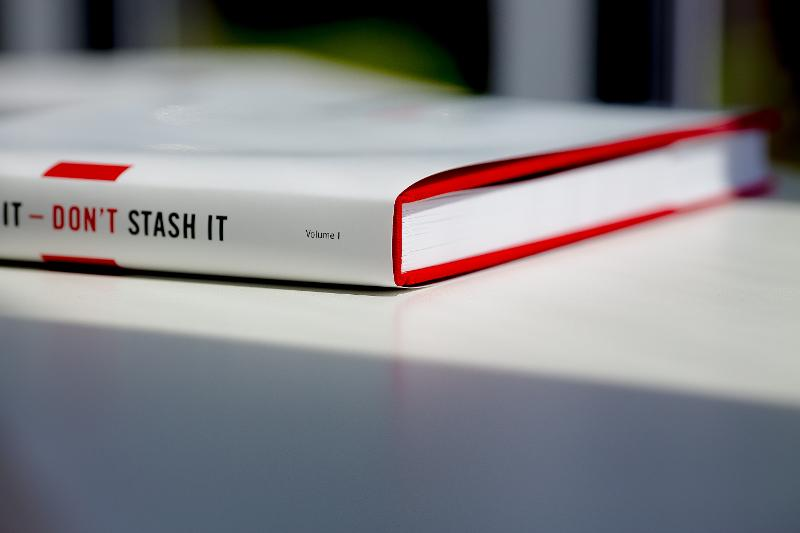 THRASH IT – DON'T STASH IT - Hardcover book Photo albums