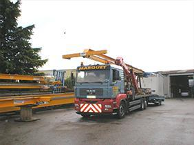 camions porteur grue - null