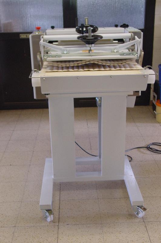 Stokbroodmachines, langmakers, sandwichmachine - Stokbroodmachine voor piccolo's kleine stokbroden