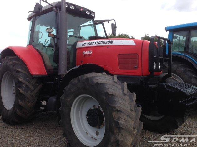 Tracteur agricole Massey Ferguson - null