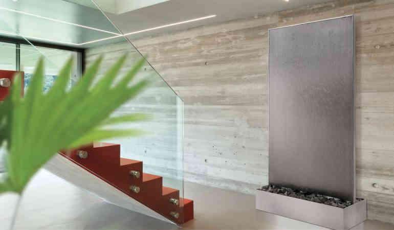Mur d'eau en pierre naturelle - L'oasis de bien-être pour l'intérieur