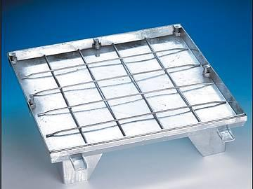 BVE-GD stainless steel Hinged sealed covers, with... - Hinged sealed covers, with gas-strut lift