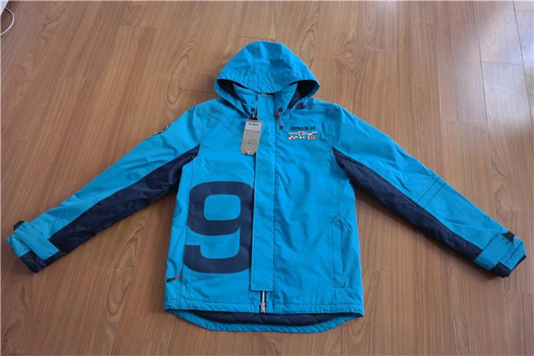 Adhesive ocean sailing jacket for men