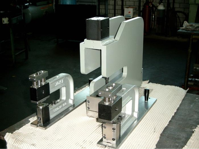 Table presses -