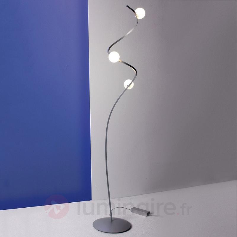 Lampadaire LED Loop aux formes courbes - Lampadaires LED