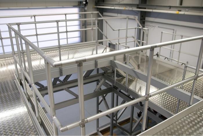 ITAS – Endüstriyel merdiven ve çalışma platformu sistemi -