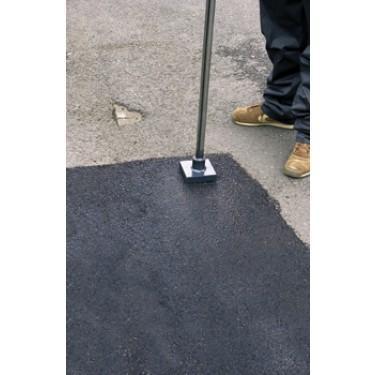 Outils pour réparation de sol - Dame de 4,5 kg avec Manche en acier laqué de 1,40 m