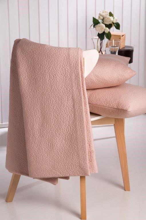 Colchas e almofadas decorativas -