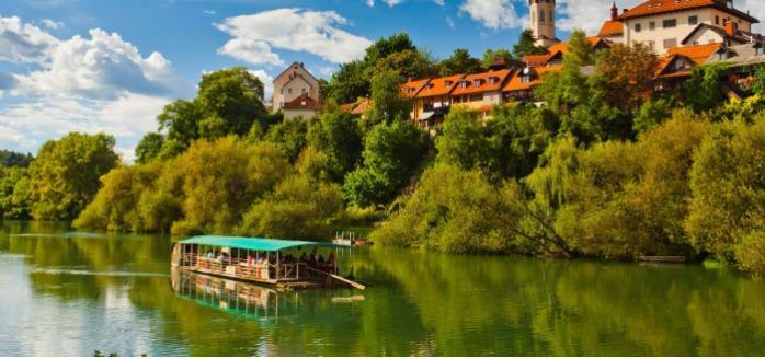 Krka river and Rudolf's raft - Enjoy the ride along the bend of the Krka River.