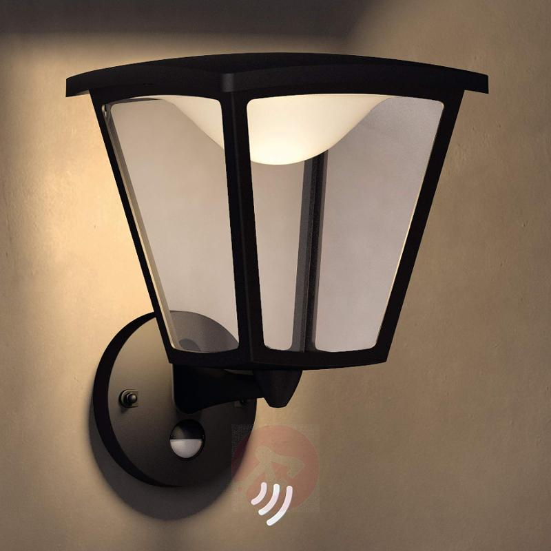 Cottage LED outdoor wall light, motion detector - outdoor-led-lights