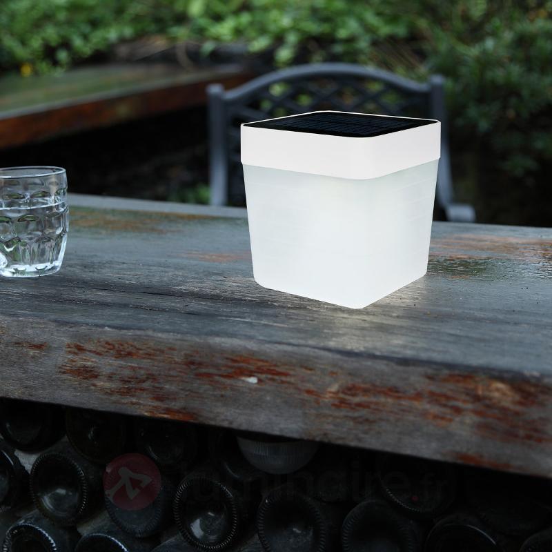 Lampe à poser LED solaire blanche Table Cube - Lampes solaires décoratives