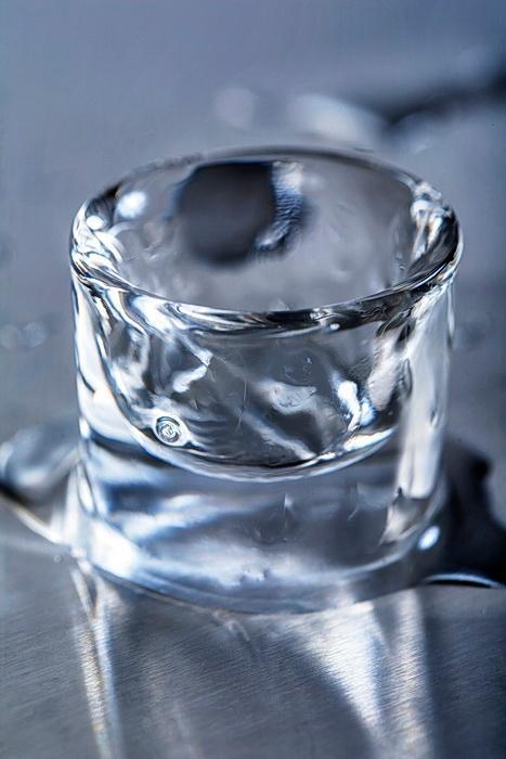 Kieliszki z lodu - null