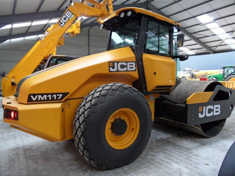Rollers - JCB Vibromax VM 117D