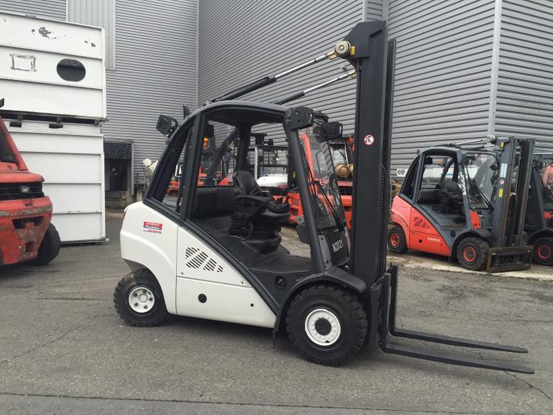 Chariot élévateur diesel Fenwick H30D - Matériels d'occasion