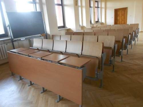Krzesło audytoryjne