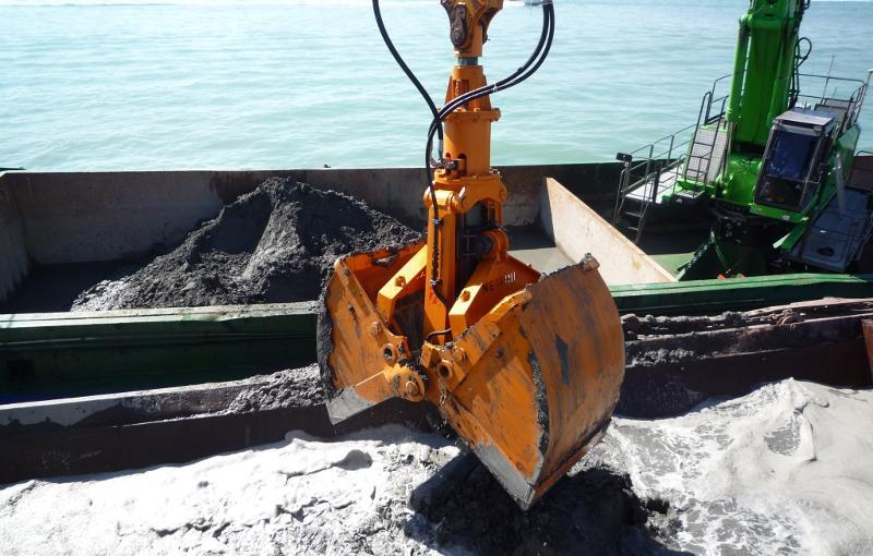 Benna per escavatore idraulico - Settore marittimo