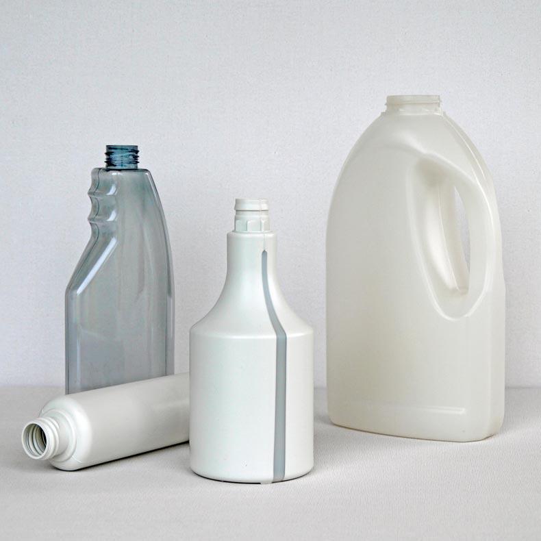 Bouteilles en matériau recyclé  - Bouteilles en recyclat
