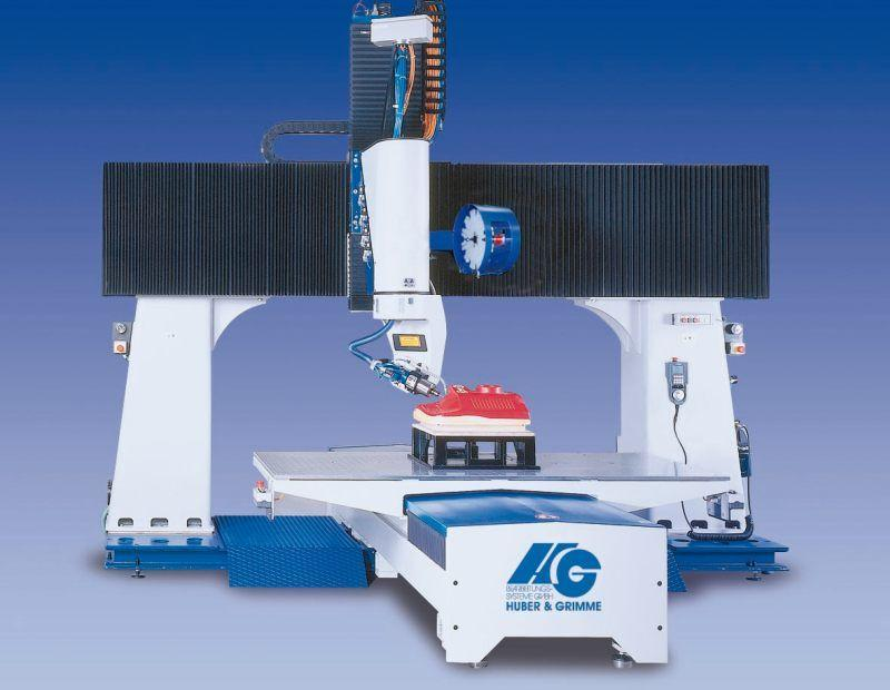 5-Achsen-Portalfräsanlage P-S-F(25-10) Kunststoffbearbeitung