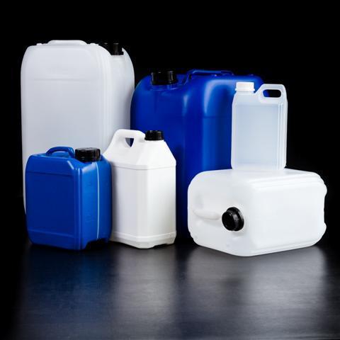 Jerricans plastiques « non gerbables » - Dimensions et contenances possibles : De 0,5 litre à 5 litres, nous tenons en