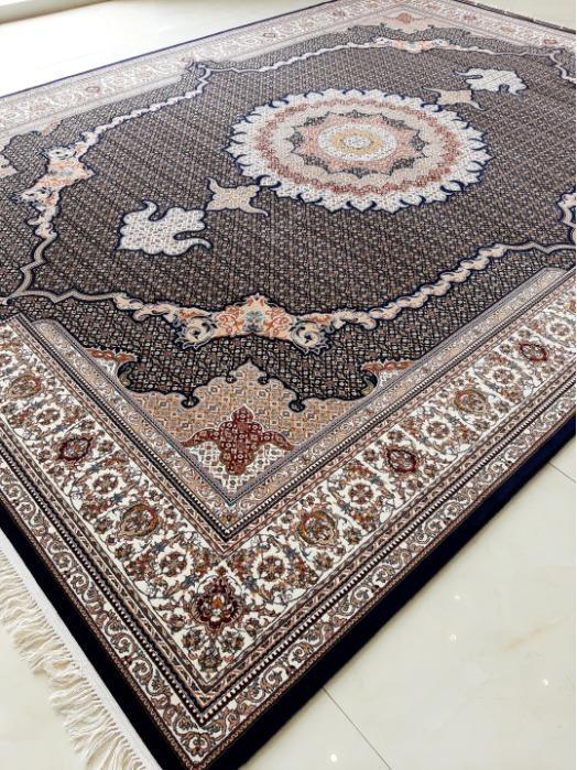 Shah Mahi Design - Persian Handlook Carpet with superfine face
