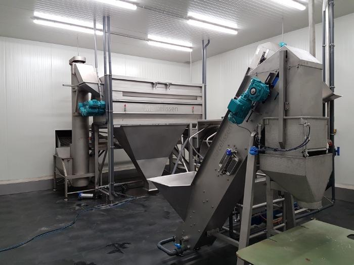 équipement machines fabrication frites fraîches sous vide  - lignes semi automatiques pour productions de frites fraiche sous vide