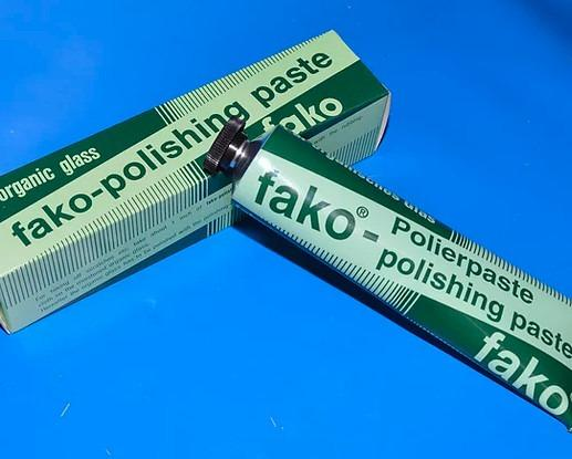 fako® Polishing paste 9311 - care product specially developed for Plexiglas, other acrylic glass and plastics