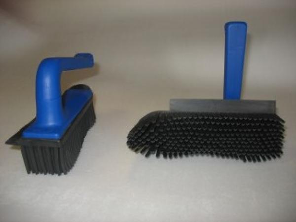 Hygienic tableware - RUBBER HANDBRUSH