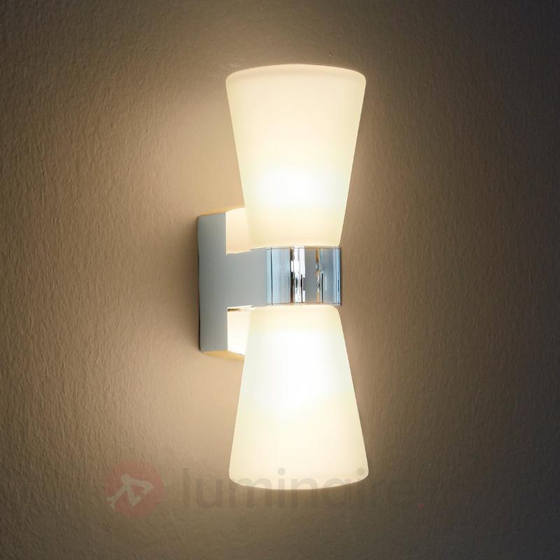 Jolie applique LED Cailin - IP44 - Salle de bains et miroirs