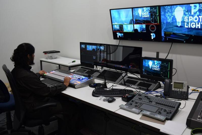 Équipements de régie - Médias radio-TV
