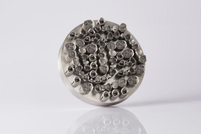 EOS M 100 - Entrée de gamme idéale pour l'impression 3D de pièces métalliques complexes.