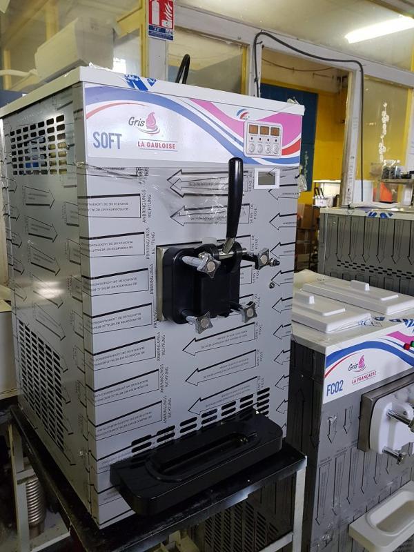 Machine à Glace Italienne de comptoir 1 parfum -