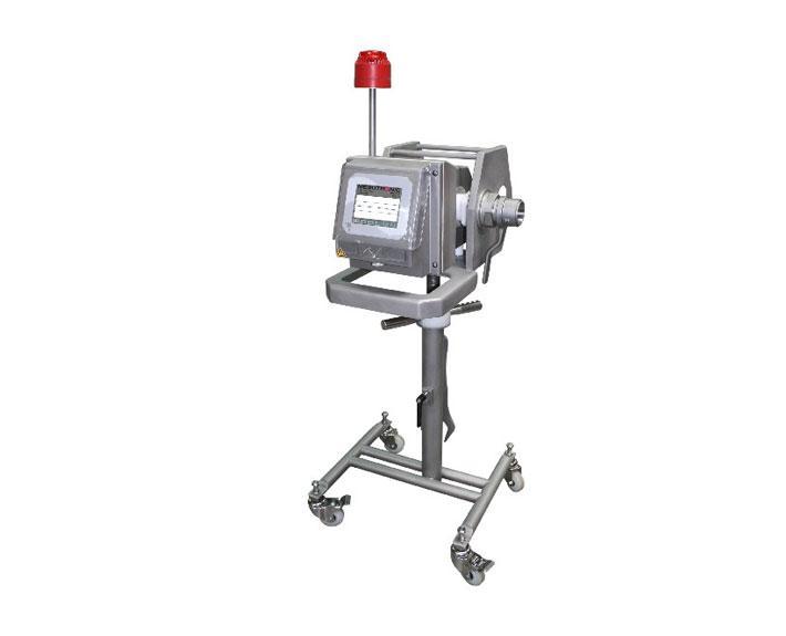Fahrbarer Metalldetektor zum Anschluß an einem Vakuum - MEATLINE 07