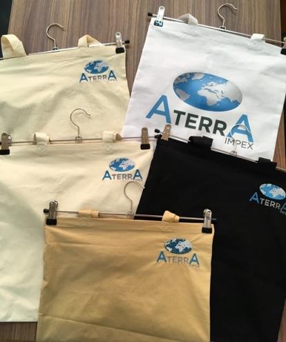Eco Bags 100% cotton. - Eco Bags 100% cotton. Size 38X42 sm.