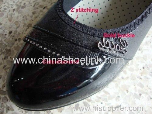Women leather shoes - null