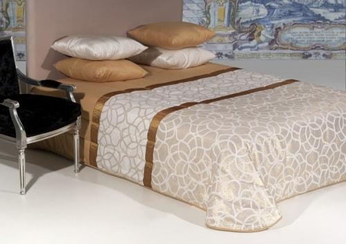 Jacquard bedspread - JOANA