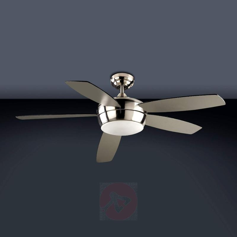 Chic SAMAL ceiling fan with remote control - design-hotel-lighting