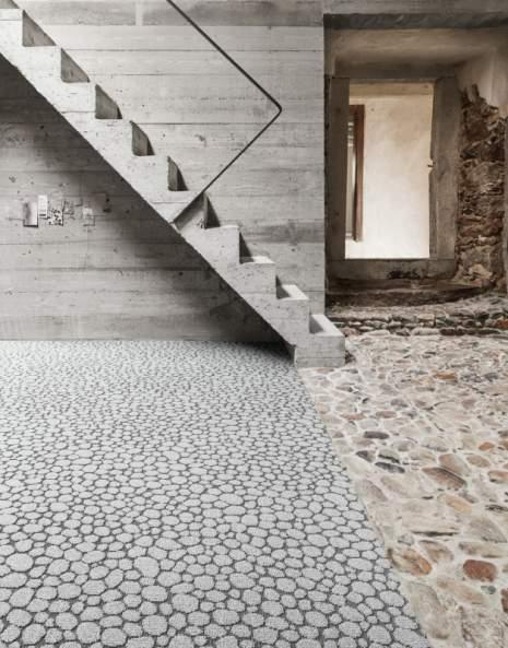Pebble Beach 600 - Wall-to-wall Carpet - Exclusive aesthetics in fine glossy yarn.