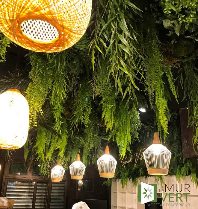 Plafond végétal décoration végétalisée sans entretien - Décorez vos plafondd en végétal artificiel tergal