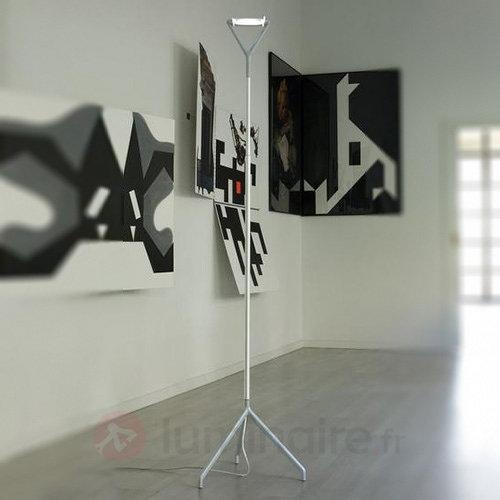 Lola - un lampadaire multifonction - Lampadaires design