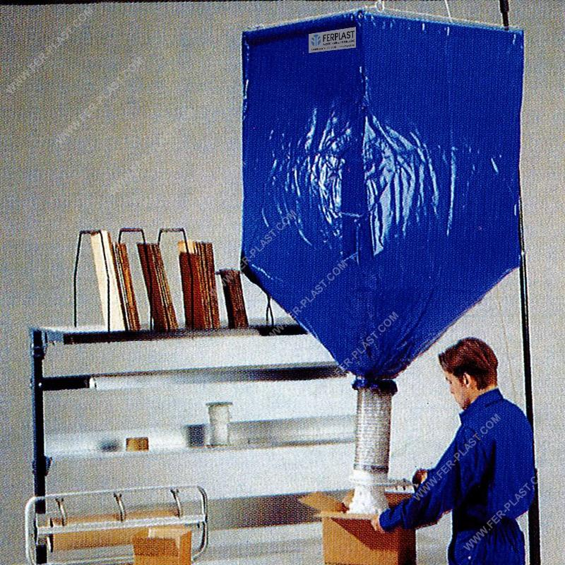 Hopper for filling materials - Packaging: equipment and materials